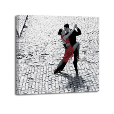 Anónimo - Couple dancing Tango on cobblestone road
