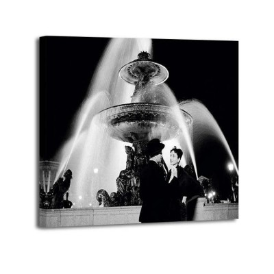 Genevieve Naylor - Man an woman near fountain Paris 1951